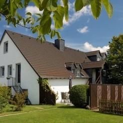 2 Eifel-Mosel Ferienwohnungen Alte Schmiede