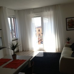SWEET IRENE full optional, optimale ruhige Lage (Zentrum u Strand) Balkon mit Sonne, WLAN, Klimaanlage, Garage, Sat-TV