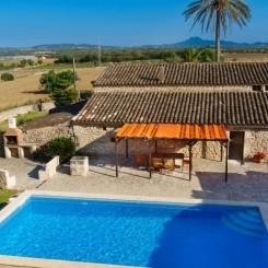Ferienhaus Mallorca Vilafranca Pool Wifi ruhige Lage 8+2 Personen